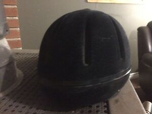 Medium Adjustable Troxel Helmet Cornwall Ontario image 10