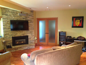 $2500(ORCA_REF#993C)Ground level Suite 1300sq/ft Furnished 2 bed North Shore Greater Vancouver Area image 3