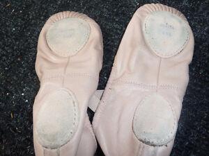 Ballet slippers/Soulier de ballet, size 2,5 Gatineau Ottawa / Gatineau Area image 2
