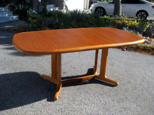 Refinished MCM Retro Teak Dining Table. 6 Nordic Chairs