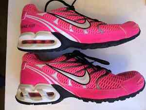 NIKE Air Max Torch 4 - LIKE NEW! Kitchener / Waterloo Kitchener Area image 4