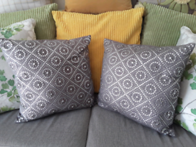 PAIR OF NEXT CUSHIONS / STUNNING DETAIL
