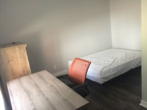 FULLY RENOVATED& FURNISHED SHORT TERM JAN-APRIL