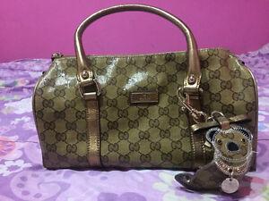 Adorable Petit sac Gucci modèle Boston