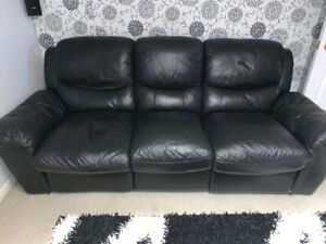 Black Leather Recliner Set and Coffee Table
