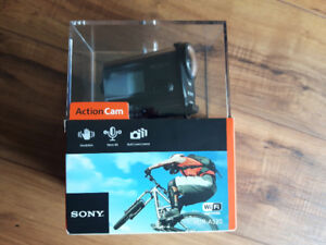Sony HDRAS20/B Action Video Camera and 6 mounts