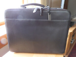 Beautiful Brown Leather Laptop computer /Tablet bag
