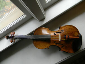 Antique Nicolaus Amati violin with one piece back 4/4 size Kitchener / Waterloo Kitchener Area image 3