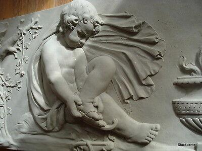 "Stucco - großes Engel-Relief -  Fassadenstuck - Stuck ""Winter""  90 x 46 cm"