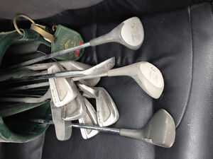 left handed golf club set and bag with shoes and balls