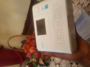 COMPAQ Selphy 1200 POLAROID PHOTO PRINTER 65 OR BEST OFFER