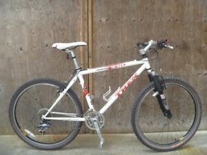 Trek 930 hardtail mountain bike
