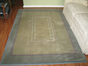 Rug in great condition. Neutral colors.