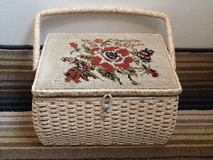 Wicker Sowing Basket with Accessories