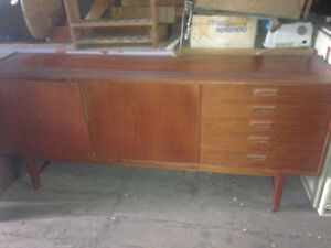 Teak Credenza Retro excellent condition $500