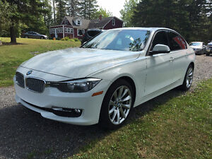 2013 BMW 320i X Drive - Beautiful!