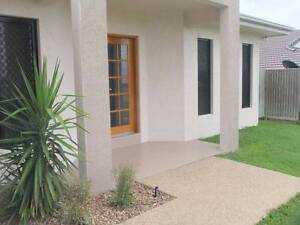 Only ONE room left in all female share house just metres to JCU! Townsville City Preview