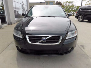 2009 Volvo S40 2.4i GRILLE