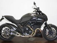 DUCATI DIAVEL CARBON 2012 (62) covered 15982 miles