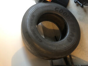 Big fitness tire