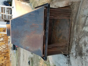 Cast iron stove/fire place