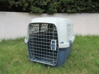 Dog Kennel / Crate (Plastic)