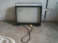 GREEN ELECTRIC GLASS HEATER WITH HANDLE