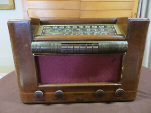 RADIO RCA VICTOR 1940'S ANCIEN ANTIQUE