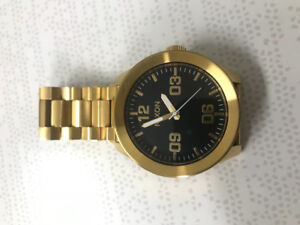 Nixon Corporal Gold/Black Watch