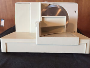 OSTER FOOD AND MEAT SLICER