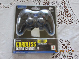 PLAYSTATION 2 CORDLESS CONTROLLER NEW IN PKG