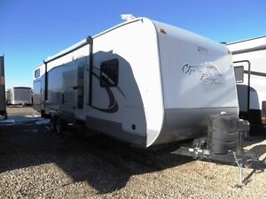 2013 OPEN RANGE 331BHS - Roamer Travel Trailer