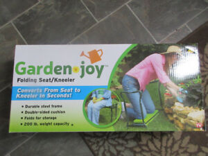 BNIB Garden Joy Folding Seat Kneeler Fold for Storage