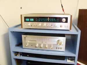 VINTAGE NIKKO RECEIVER WITH CD AND SPEAKERS