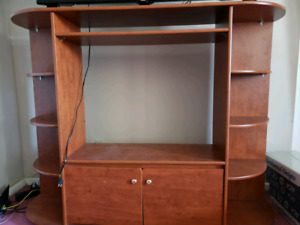 Solid wood TV stand $50 for pickup!
