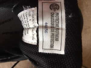 Woman's safety shoes size 6 Kawartha Lakes Peterborough Area image 4