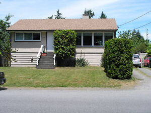 2BR Bungalow with 1BR+DEN renovated secondary suite