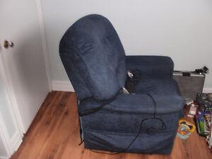 Power recliner/lift chair