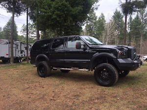 2003 Ford Excursion SUV, Crossover
