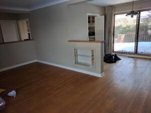 FREE - 1000 sqf oak hardwood flooring - Need to be removed