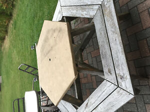 Octagon Picnic Table Cornwall Ontario image 2