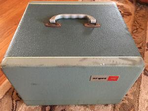 Argus 300 Vintage Slide Projector Cambridge Kitchener Area image 7