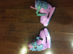 Girls Barbie Skates