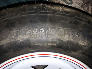 215 70 17 TRAILER TIRE AND WHEEL
