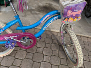"""Girl's Supercycle Bike (20"""" tires)"""
