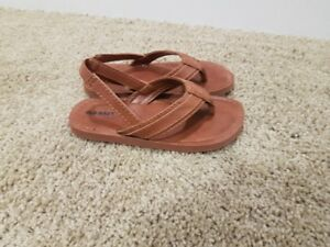Size 10 toddler boys sandals (2 pairs)