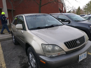 LEXIS RX 300 1999 SUV WITH VALID EMISSION