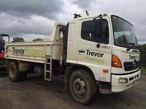 Hino GH tipper 2005  auto North Geelong Geelong City Preview
