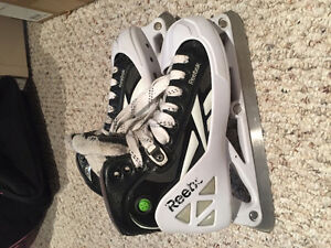 Reebok / CCM 10K pump goalie skate new condition, size 4