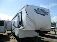 2011 Sandpiper 355QBQ by Forest River with 4 slides